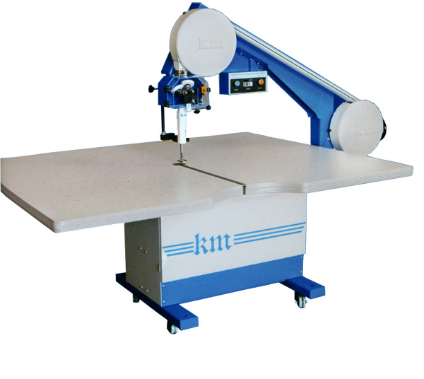 Máy cắt vòng KM KBK-900M